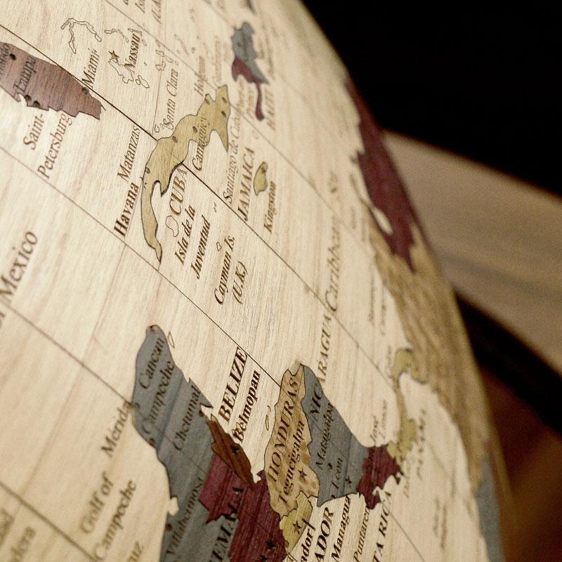 globe géopolitique sur 2 axes