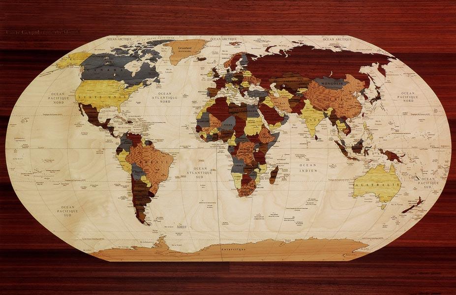 planisphère géopolitique en marqueterie
